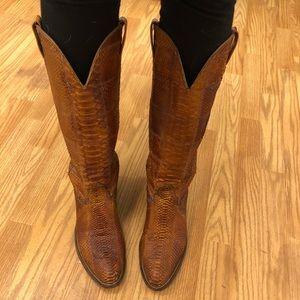 Beautiful handmade snake reptile cowboy boots